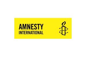 Amnesty-Logo_Kombi_S_HG_200_breit_300_hintergrund